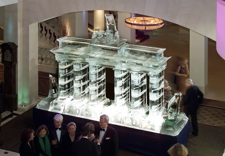 Eisskulptur - Referenzen - Funk Ice Art - Brandenburger Tor
